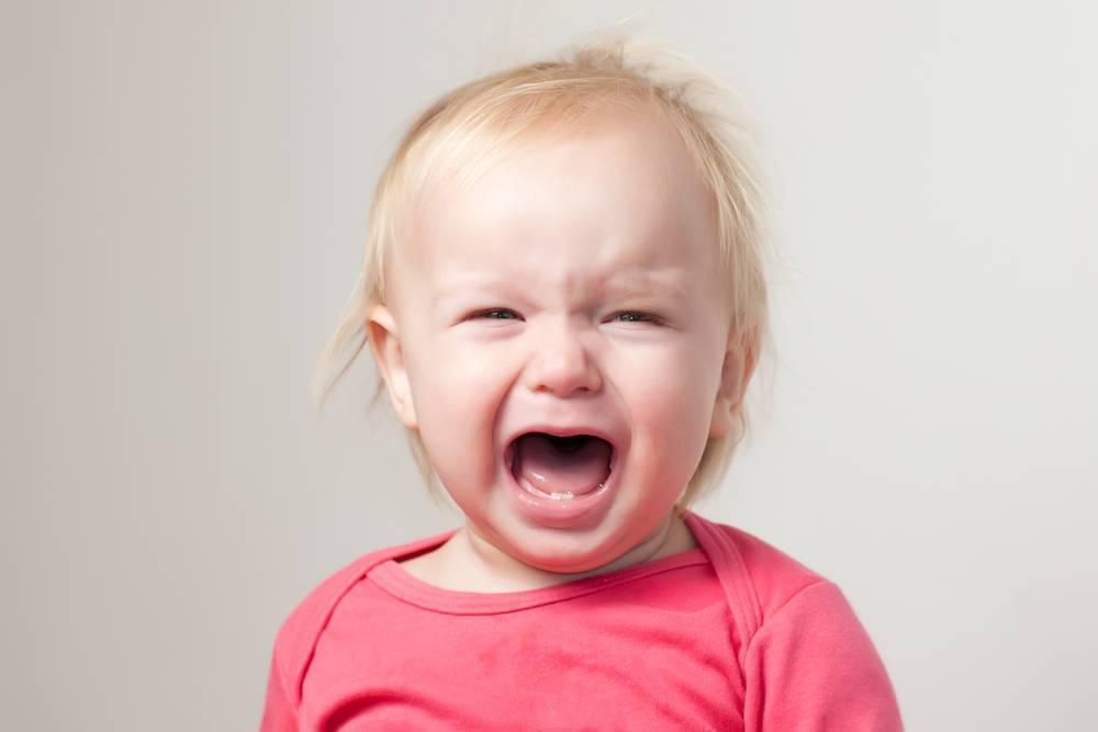Кризис 1 года. пройдут ли истерики у ребенка первого года жизни?