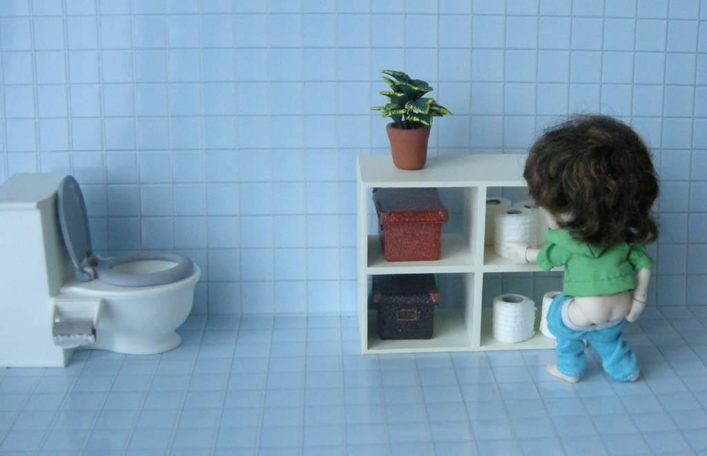 Новорожденный не может сходить в туалет по-большому: что делать в такой ситуации и как помочь грудничку?