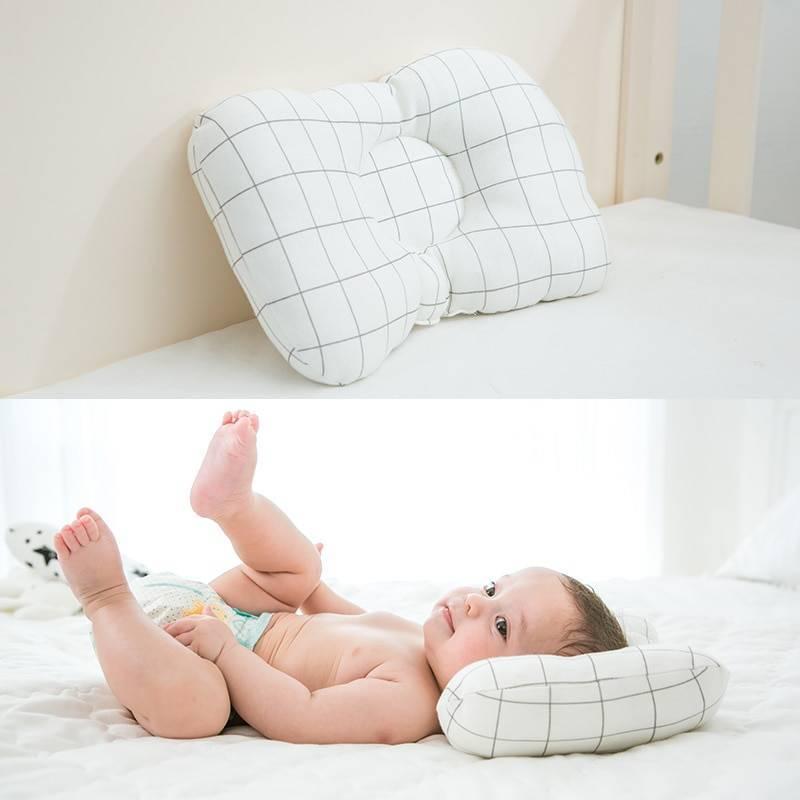 Нужна ли ребенку подушка: до года, в год и в два? какую подушку и когда купить ребенку?