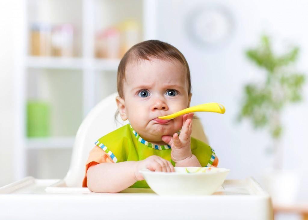 Что делать, если ребенок пьет мало воды? 5 вопросов педиатру