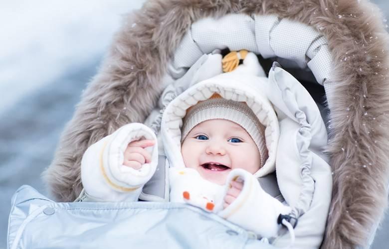 Зимние комбинезоны для новорожденных: важные критерии выбора