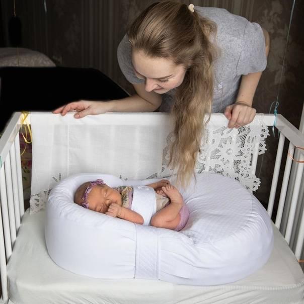 Матрасы-кокон для новорожденных: до какого возраста используют матрасик? обзор лучших детских ортопедических моделей. как правильно пользоваться?