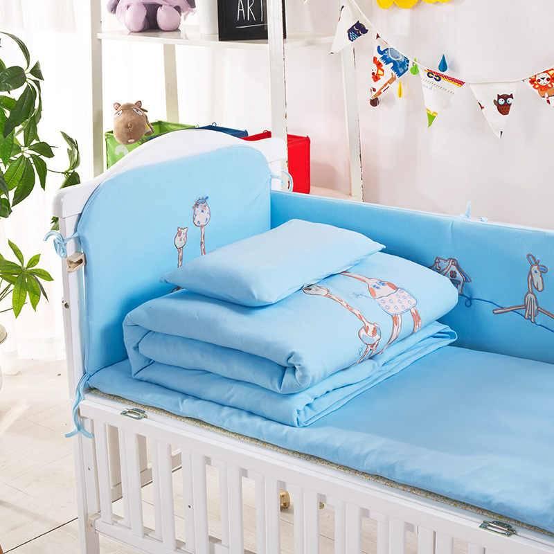 Как выбрать кроватку для новорожденного в детскую