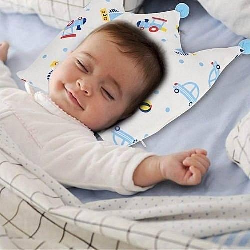 Когда ребенку можно спать на подушке. подбираем правильно