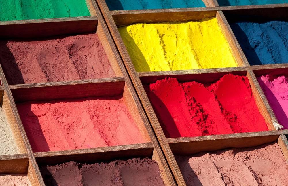 Серебряная краска: область применения, способы нанесения, рецепты приготовления в зависимости от назначения