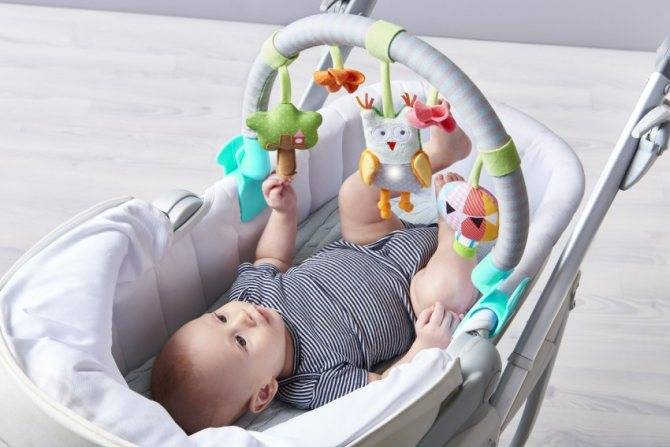 С какого возраста нужны погремушки для новорожденных