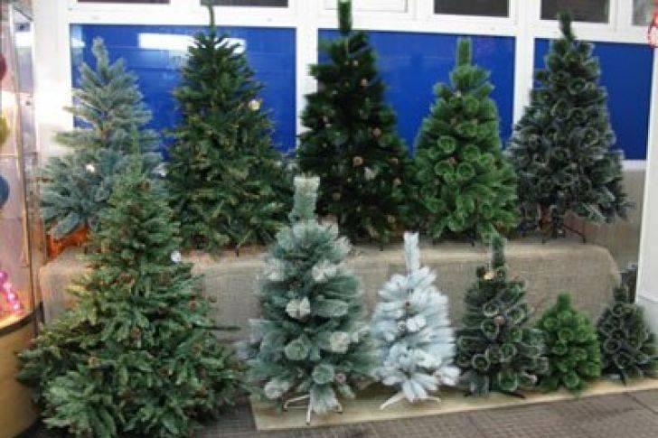 Рекомендации при выборе новогодней елки: живую или искусственную