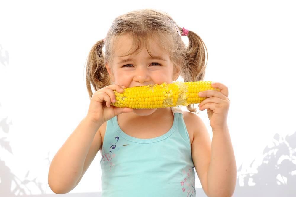 Кукуруза детям: с какого возраста давать? особенности введения и приготовления продукта :: syl.ru