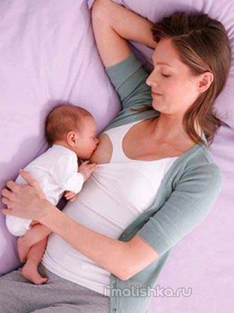Вопросы о ночных кормлениях: польза для лактации и ребенка