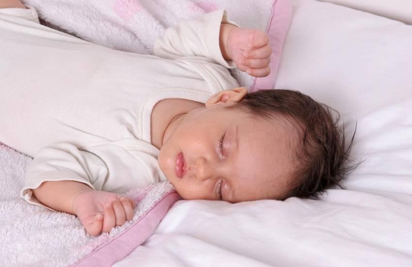 Ребенок не спит плачет — причины плохого сна