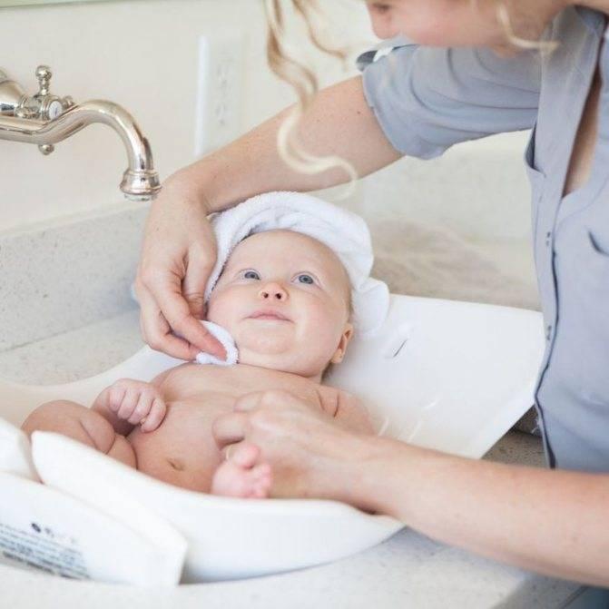 Как правильно делать туалет новорожденного